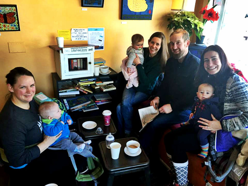 Parents and babies warming up at Black Cat Coffee in Portland after a Hike it Baby hike in January. Shannon Bryan photo