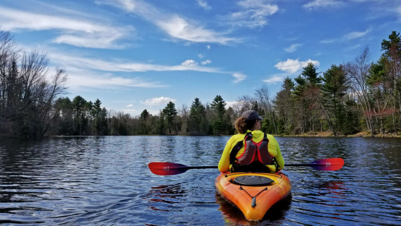 Beginner friendly paddles Maine kayaking runaround Pond