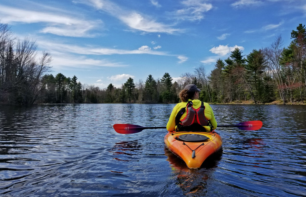 Beginner friendly paddles Maine kayaking runaround Pond